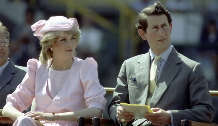 Принц Чарльз и принцесса Диана. \ Фото: giromt.com.br.