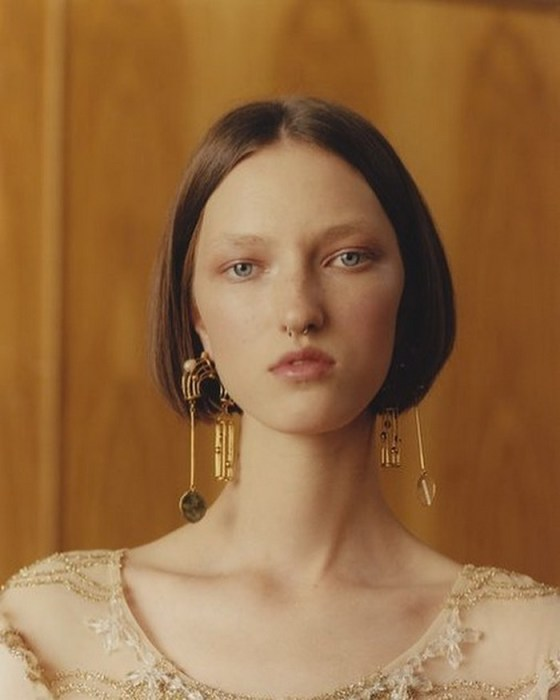 Уникальная внешность вкупе с природной харизмой Лизы сделали её идеальной моделью.