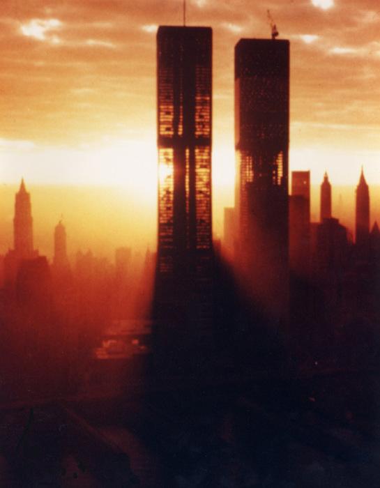 Здания Всемирного торгового. \ Фото: imgur.com.
