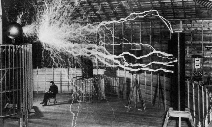 Великий и гениальный Никола Тесла. \ forbes.com.