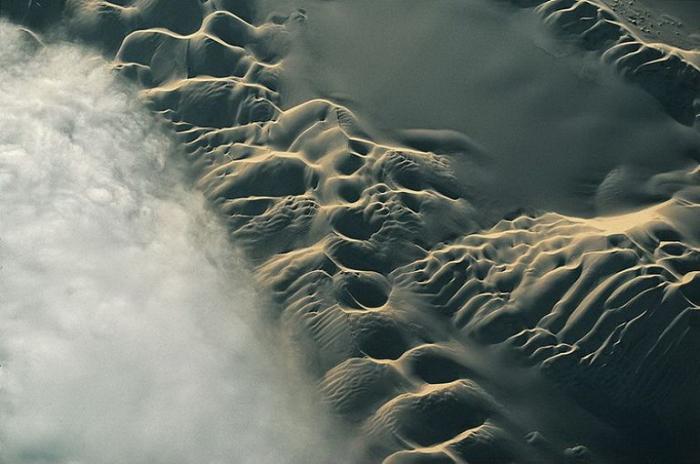 Дюны к востоку от Наска, Перу.