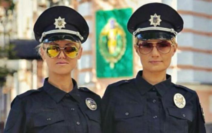 Украина. Самые красивые девушки-полицейские из разных стран.