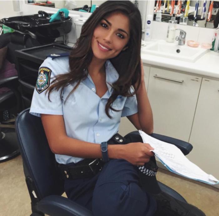 Австралия. Самые красивые девушки-полицейские из разных стран.