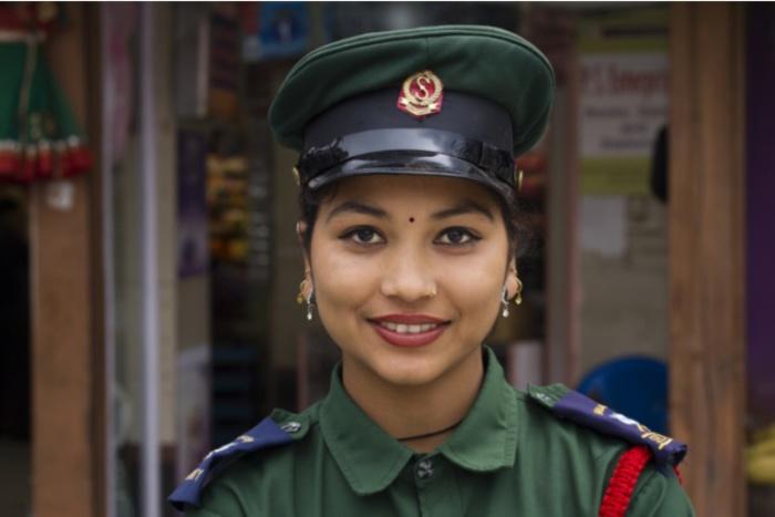 Непал. Самые красивые девушки-полицейские из разных стран.