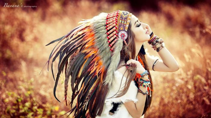 Девушка Бохо – вдохновение огнем. Автор фото: Chuối Guevara.