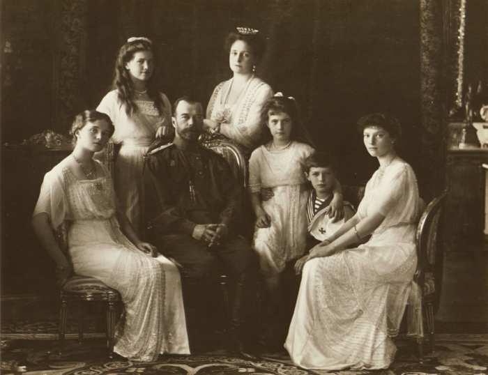 Царская семья Романовых, 1914 год. \ Фото: history.com.