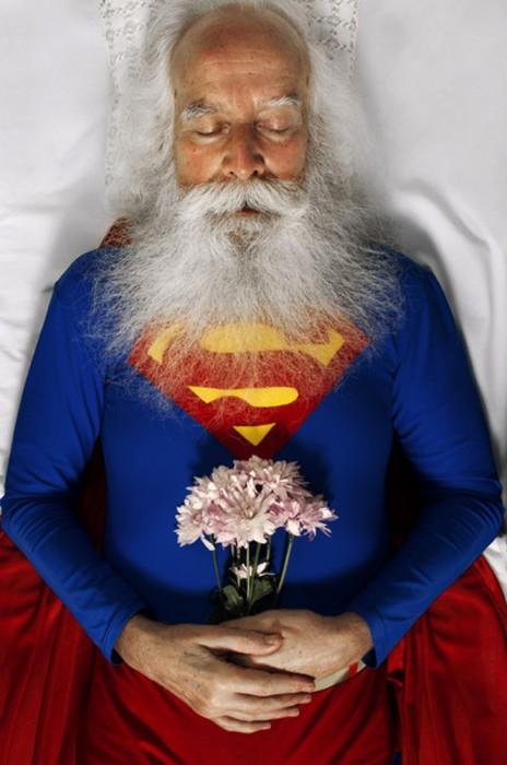 Супермен мертв. Автор фото Romina Ressia.