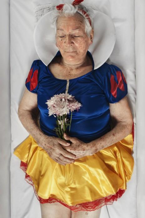 Корнелия в образе Белоснежки. Автор фото Romina Ressia.