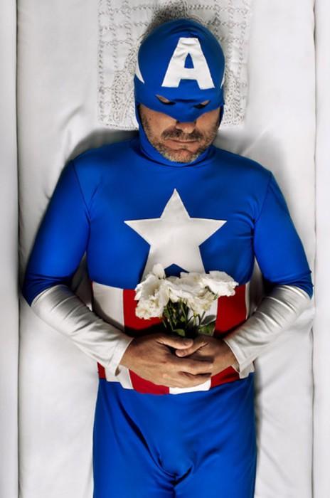 Гас в образе Капитана Америки. Автор фото Romina Ressia.