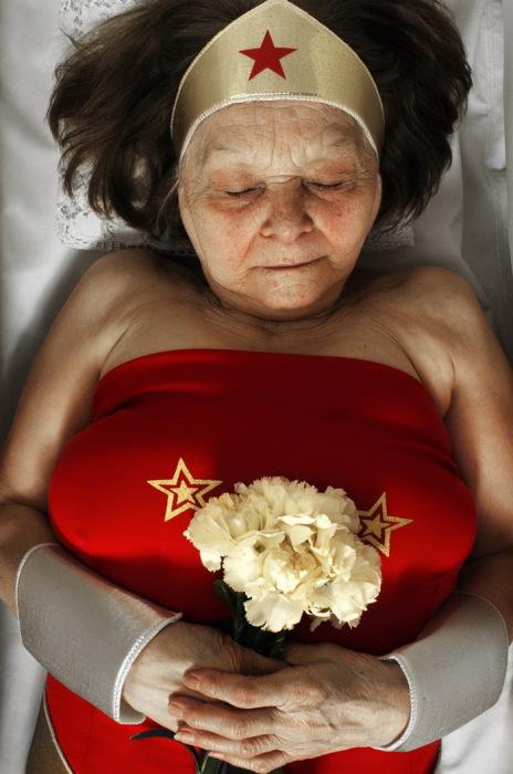 В память о Чудо-женщине. Автор фото Romina Ressia.