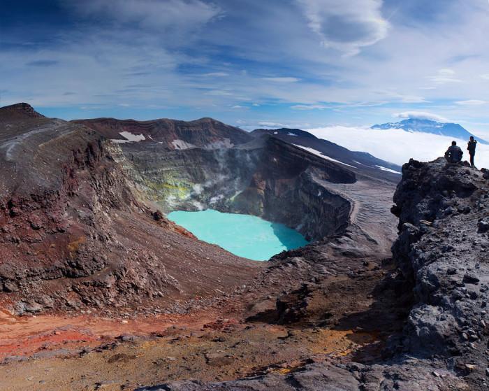 Ан, нет. Это кислотное озеро в кратере вулкана Малый Семячик на Камчатке!