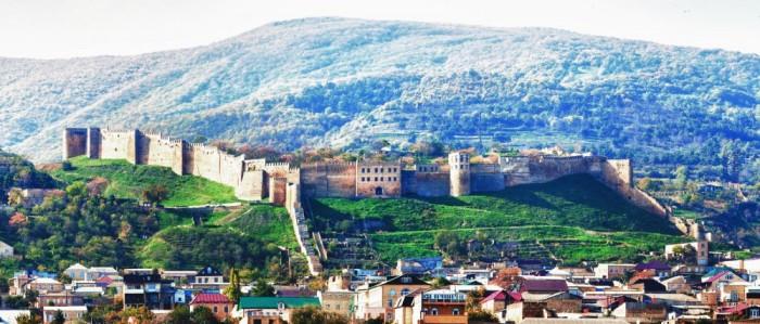 Да нет же! Это крепость Нарын-кала в городе Дербент, Дагестан.