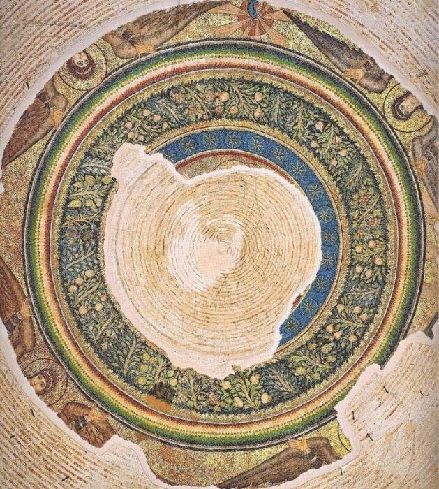 Центральный медальон в вершине купола Ротонды. \ Фото: galeriuspalace.culture.gr.