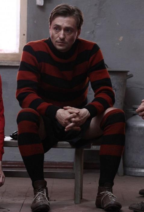 Матч (2012). Сергей Безруков, роль - Николай Раневич.