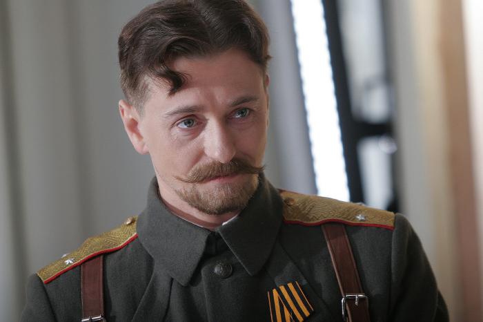 Адмиралъ (2008). Сергей Безруков, роль - Генерал Каппель.
