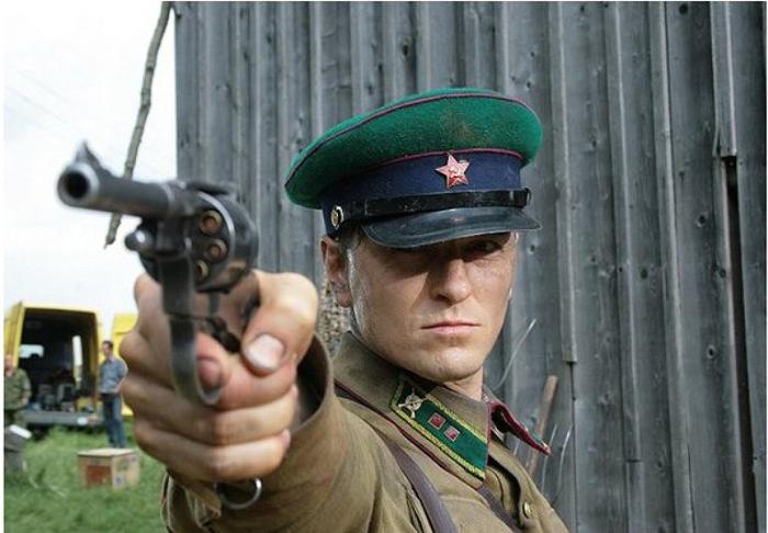 В июне 41-го (2008). Сергей Безруков, роль - Иван Буров.