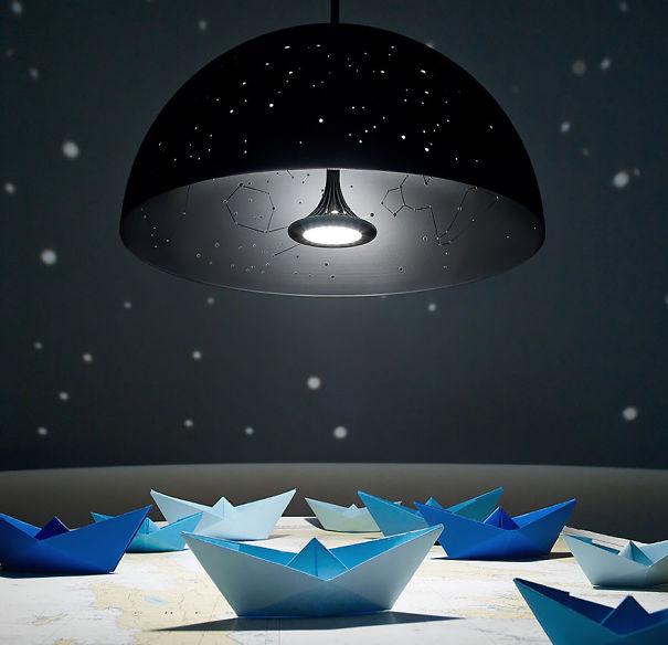 Лампа созвездие (Constellation Lamp).