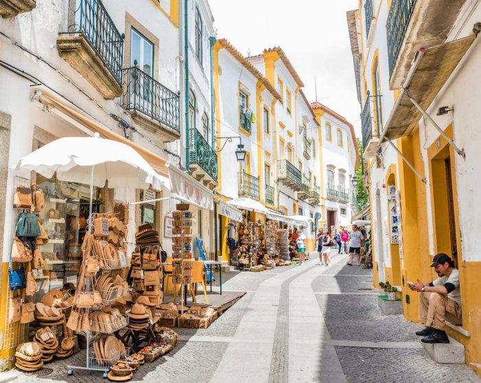 Эвора — один из красивейших городов Португалии.