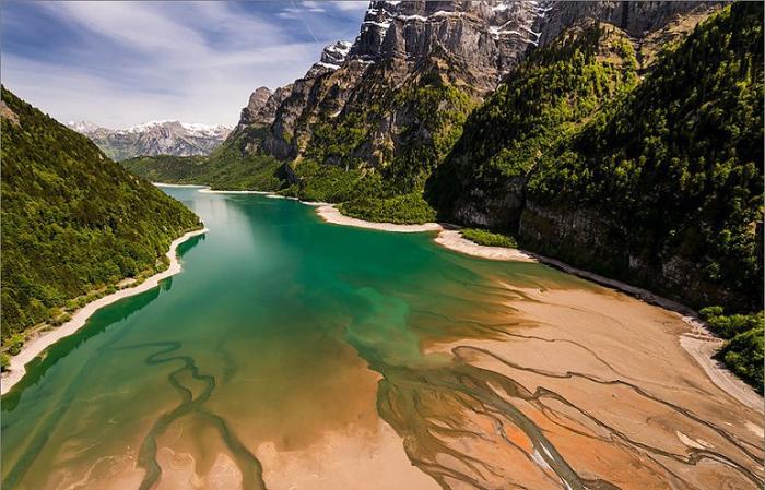 Лазурные воды. Швейцария.
