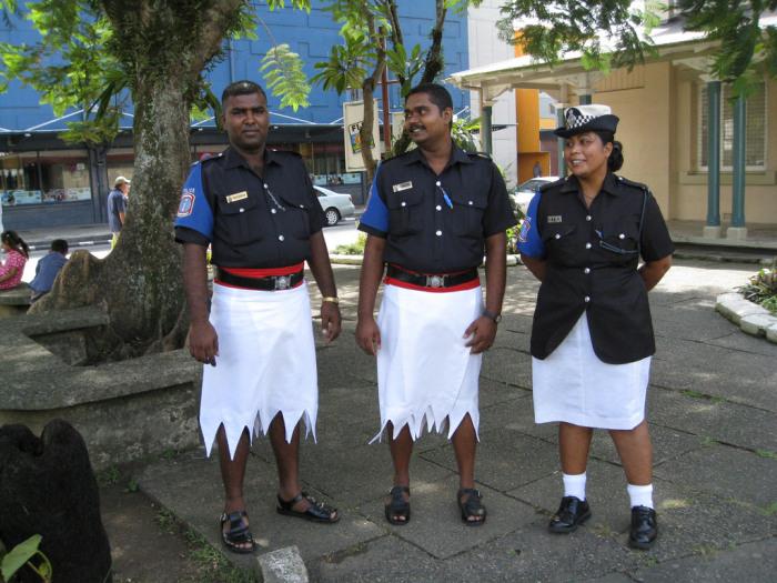 Полиция Фиджи. \ Фото: sporcle.com.