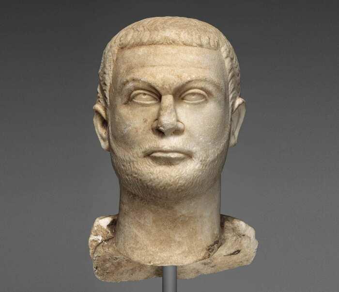 Фрагмент статуи императора Диоклетиана, ок. 295-300 гг. н. э. \ Фото: getty.edu.
