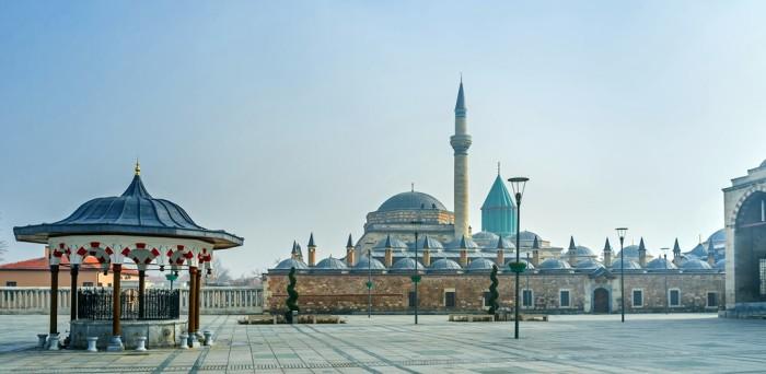 Конья — город в Турции в центральной части Анатолии.