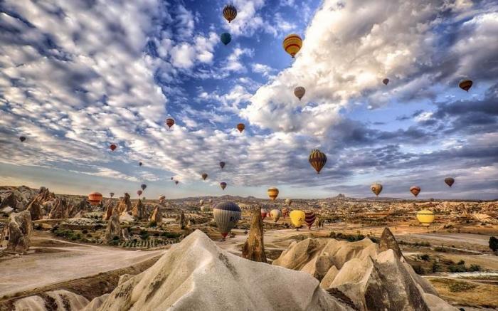 Каппадокия — полупустынный регион в центральной части Турции.