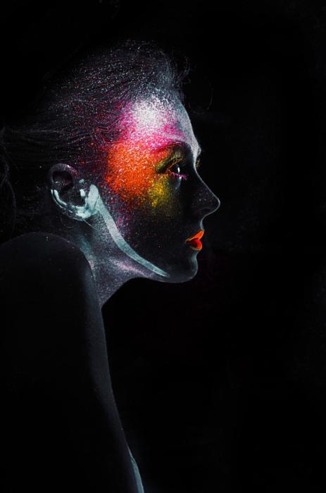 Ультрафиолетовое безумие (Ultraviolet delusions). Автор фото: Виктория Ильяш (Viktoria Ilyash).