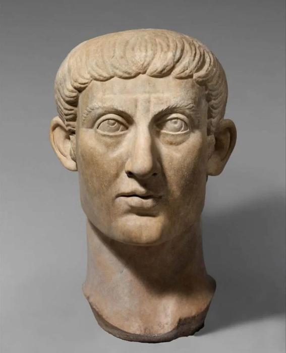 Византийский император Константин Август. / Фото: keralapool.com.
