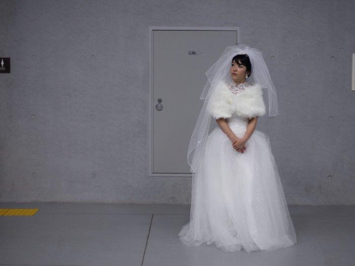 Общей нитью корейских свадеб является красота двух семей, объединенных вместе. Автор: Chung Sung-Jun.