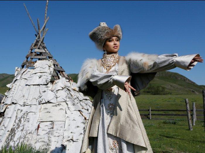 Традиционный свадебный наряд в Хакасии. Автор: Ilya Naymushin.