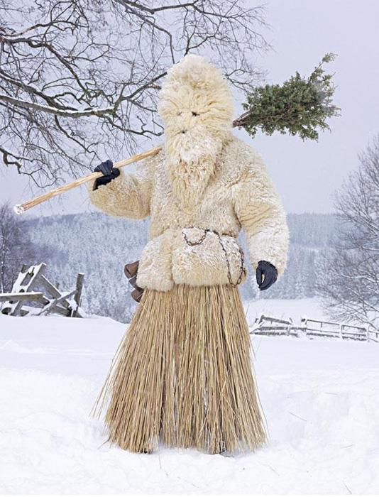 Эпотажные костюмы для языческих ритуалов