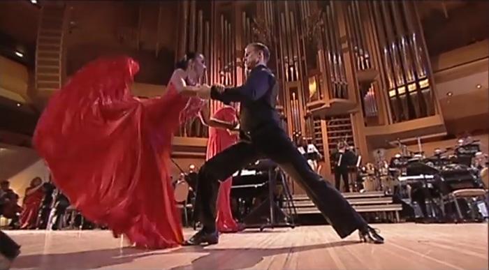 Потрясающе чувственное и страстное, но нежное танго российских танцоров