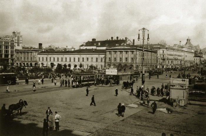 Трамваи в Москве 20-х годов XX века.