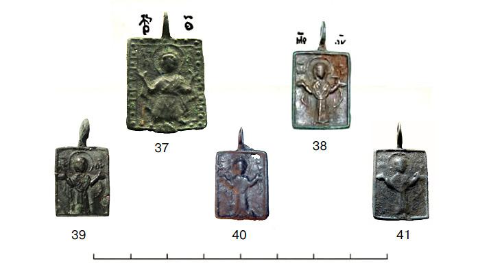 (табл. IV) Иконки XII - XIII вв. с  ростовым изображением Богоматери Оранты Влахернитиссы
