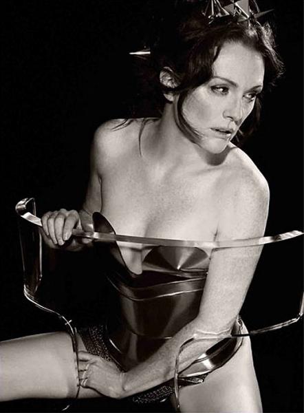 Новый эротический календарь Pirelli-2011 был представлен в Москве