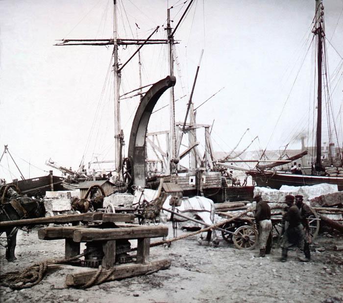 В порту Санкт-Петербурга, 1896 г.