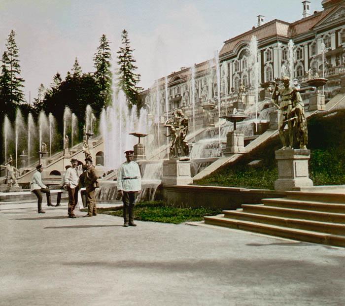 Каскады Петергофа. 1896 г.