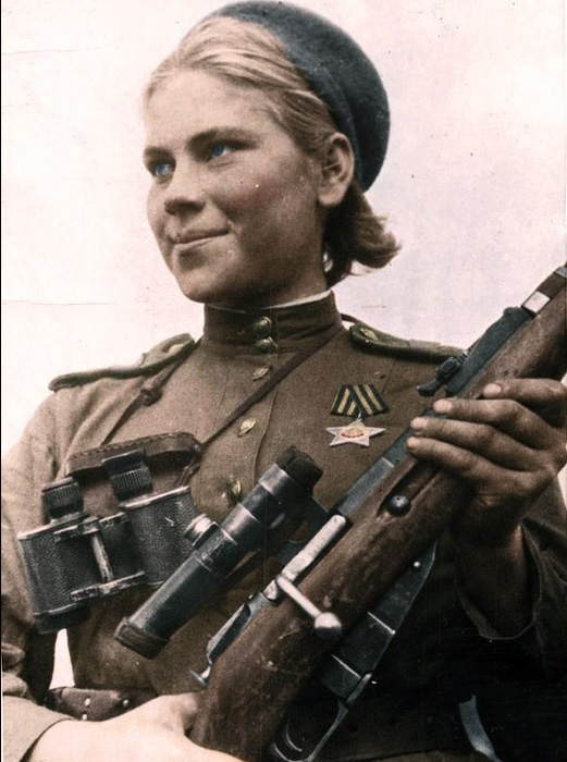 Роза Шанина, советский одиночный снайпер. Стала первой женщиной — кавалером Ордена Славы.