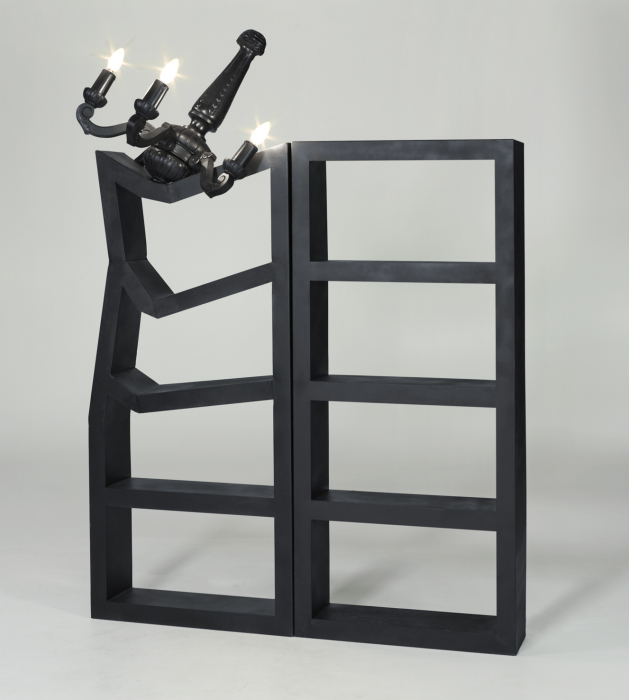 Книжный шкаф от Lennart Van Uffelen.