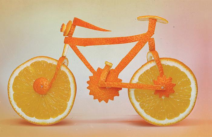 Апельсиновый велосипед Дэна Крету.