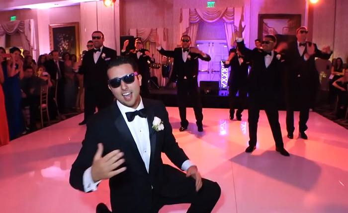 Зажигательный танец для невесты.