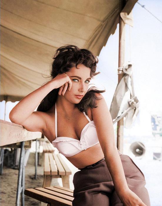 Элизабет Тейлор, 1956 год.
