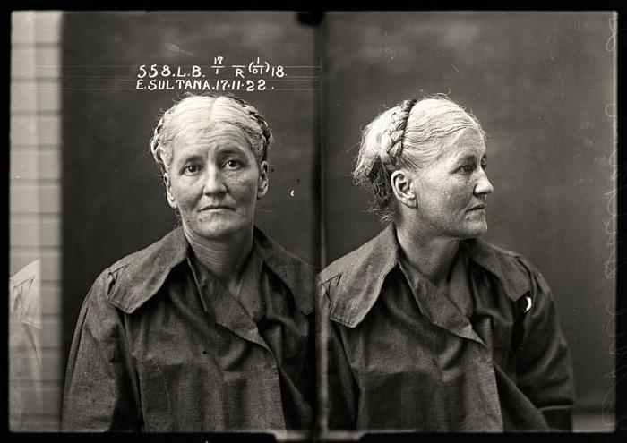 Проститутка Этти Султана (Ettie Sultana)