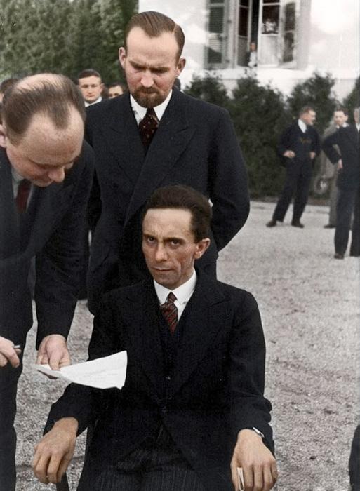 Йозеф Геббельс 1933 год.