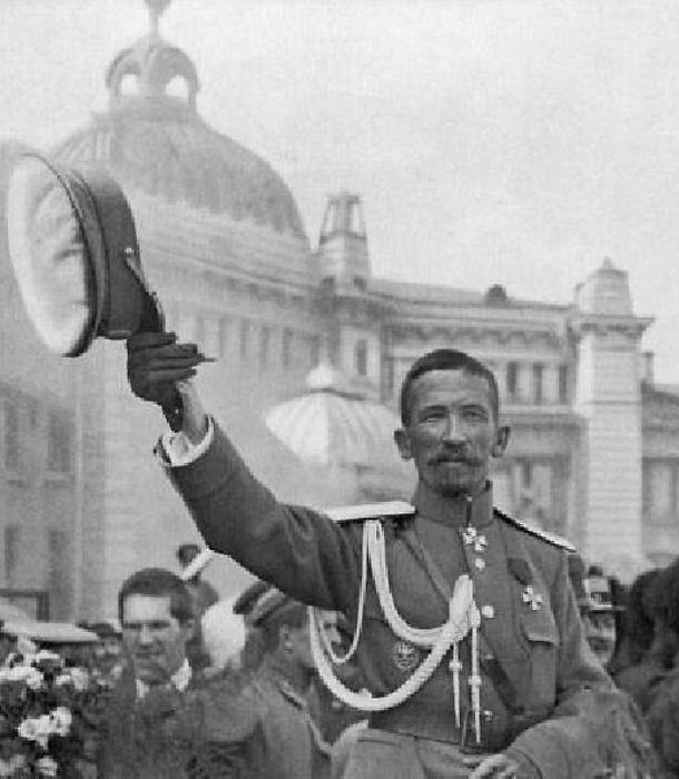 Корнилов - русский Бонапарт