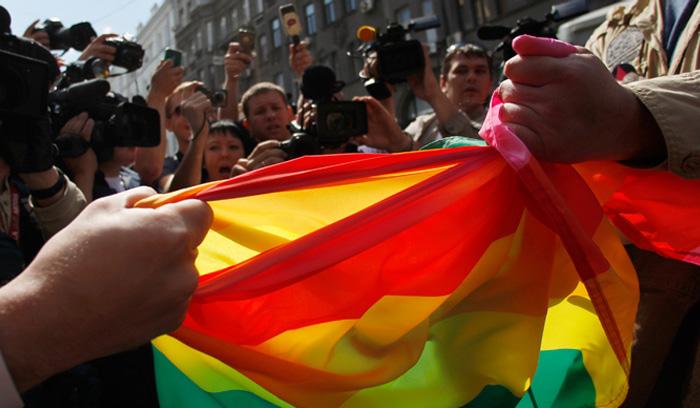 Антигейский закон - гомофибия или традиция