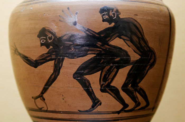 Фрагмент древней амфоры из Национального археологического музея Неаполя.