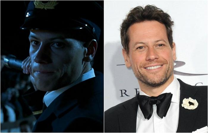Валлийский актер  получил наибольшую известность как исполнитель роли морского офицера Хорнблоуэра в одноименном многосерийном телефильме.
