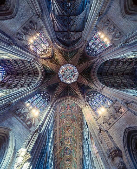 Кафедральный собор в городе Или построен в романском стиле и является одним из самых внушительных в Англии.